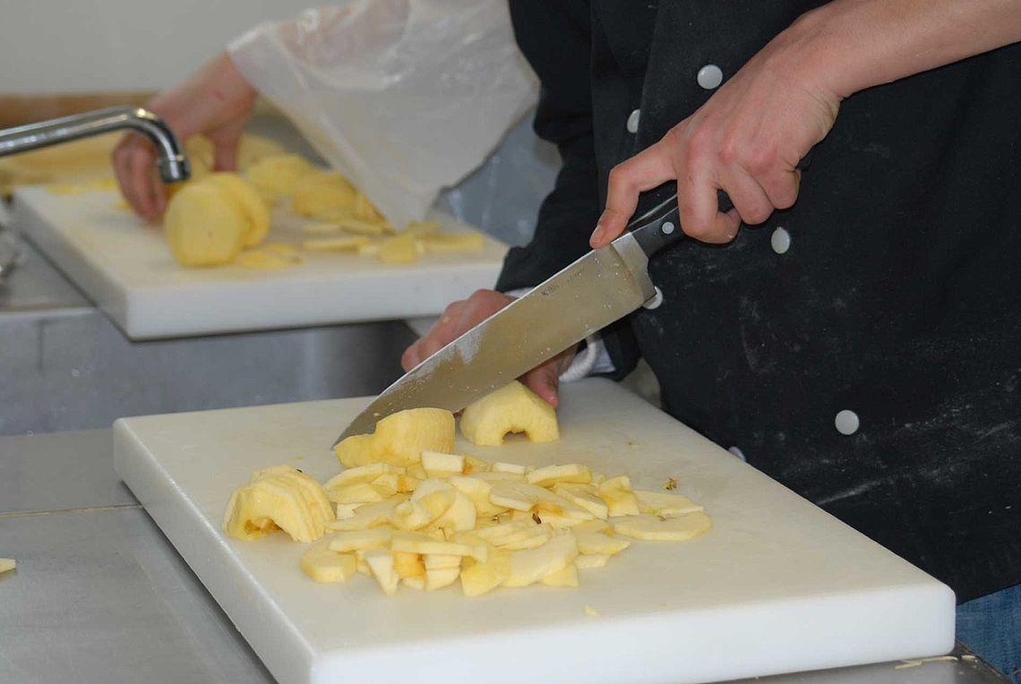 Préparation culinaire... tarte aux pommes