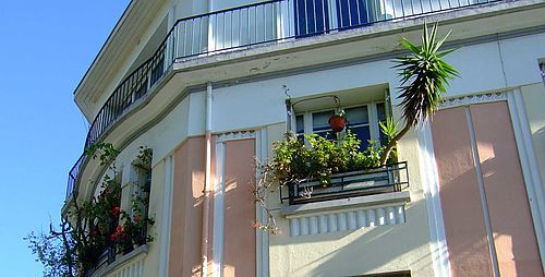 Balcon fleuri rue Docteur Waquet