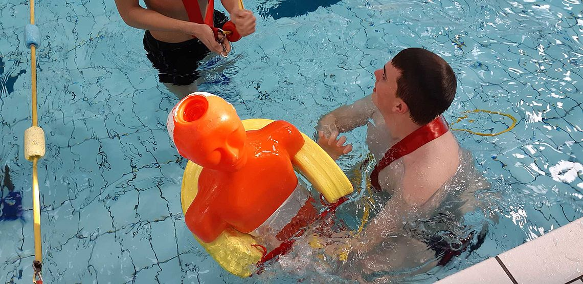 formation : sauvetage en milieu aquatique