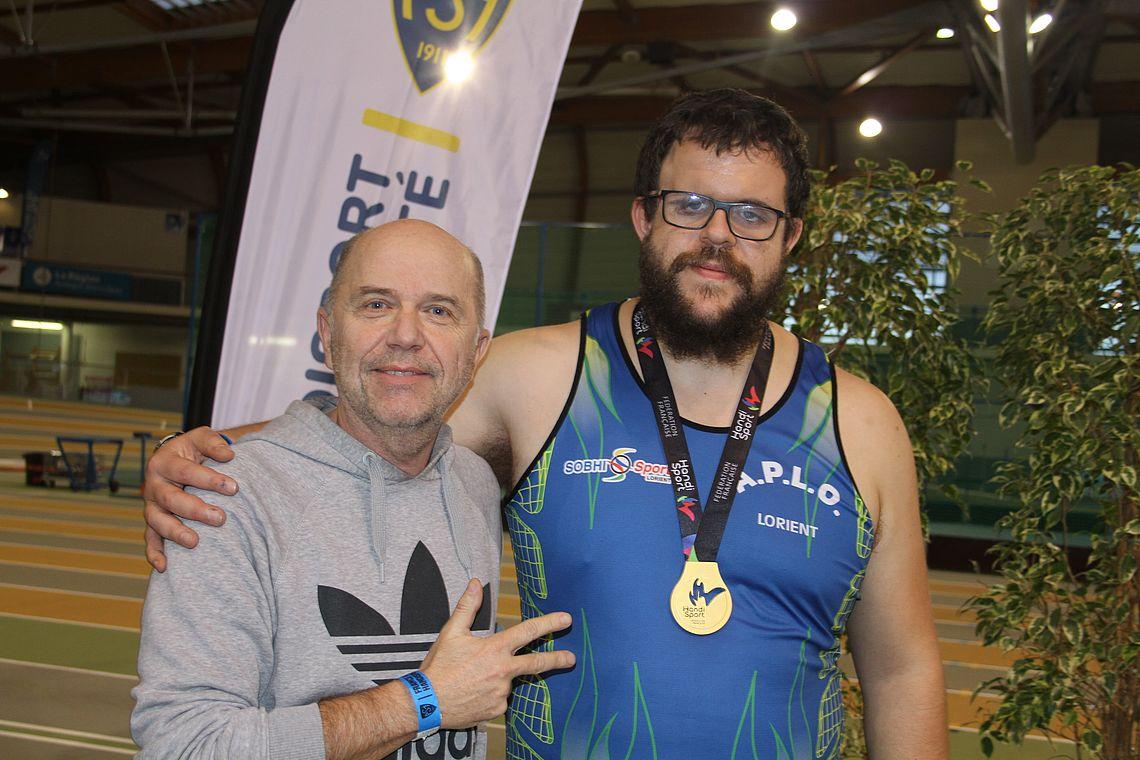 Alexandre, champion de France du lancer de poids handisport