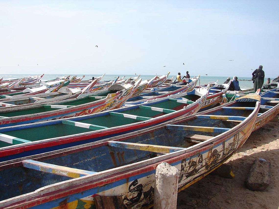 Les barques à Cayar (Sénégal)