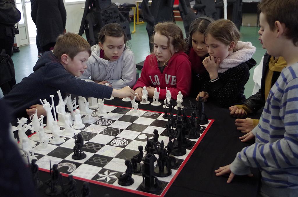 Réalisation du jeu d'échecs ©Multi-Prises