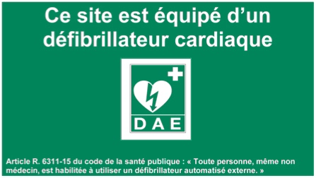 Signalétique à l'entrée des bâtiments équipés de défibrillateur