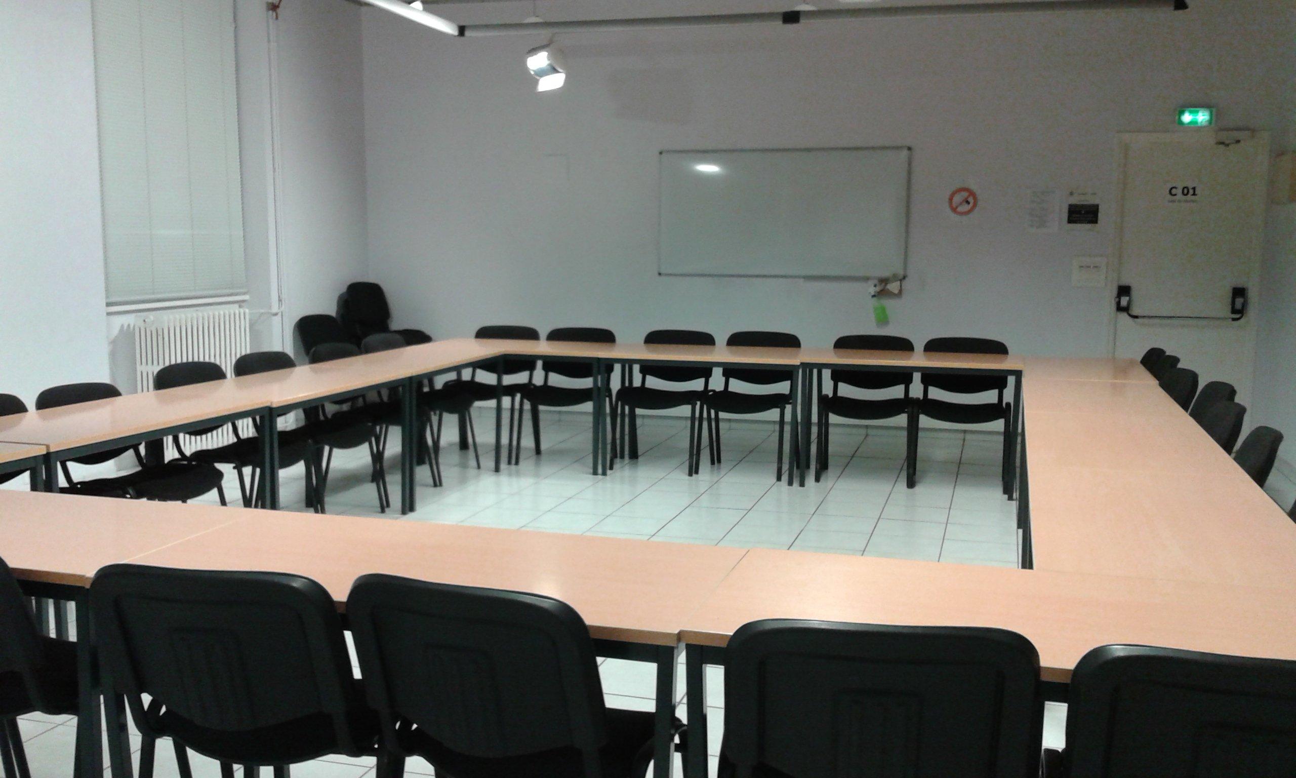 Salle C01-30