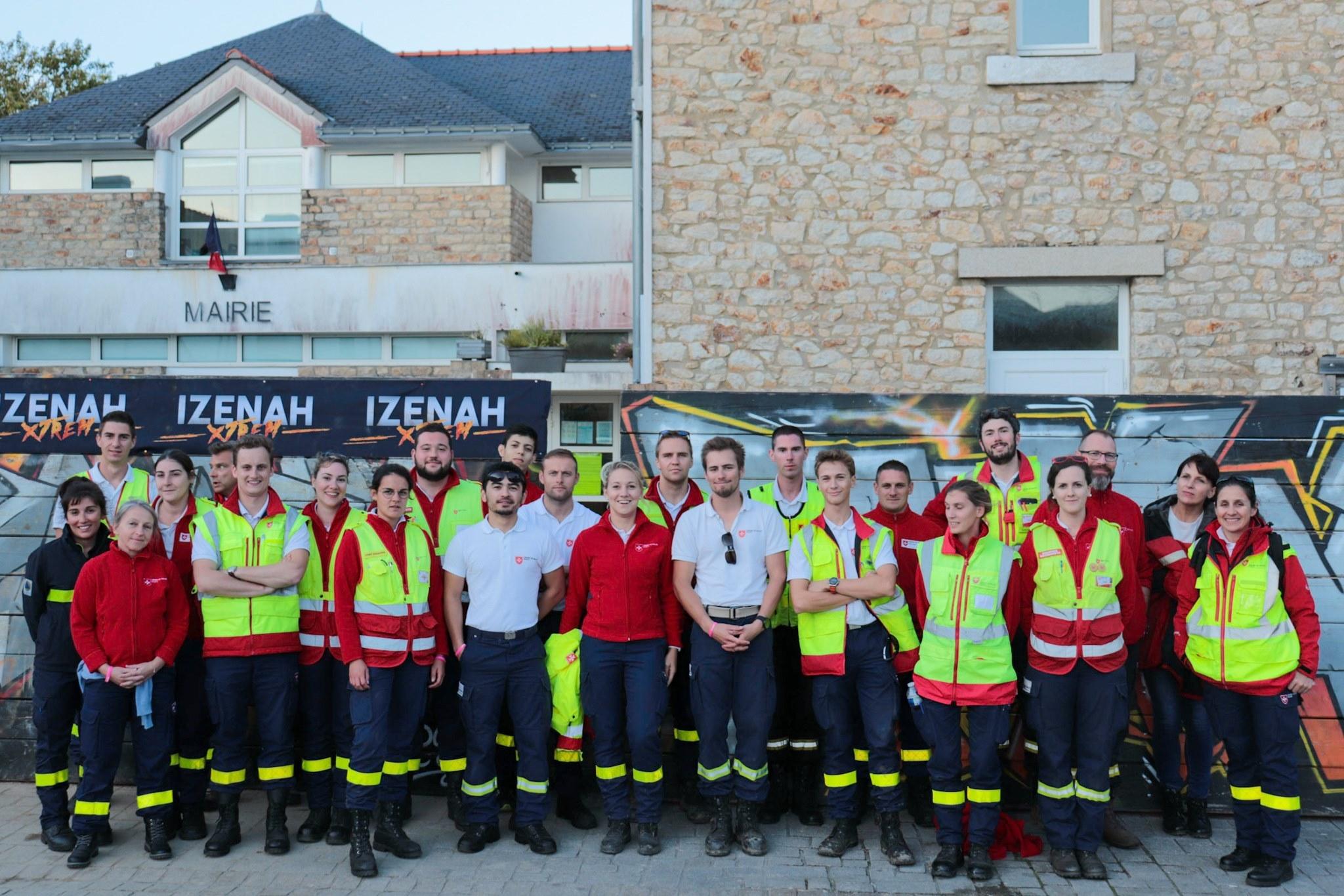Les secouristes présents sur le poste de secours Izenah Xtrem à l'Ile aux moines