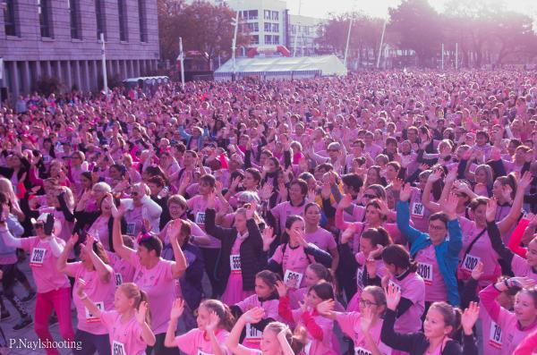 La Lorientaise 2019 - Toutes actives contre le cancer du sein ! 11 000 participantes