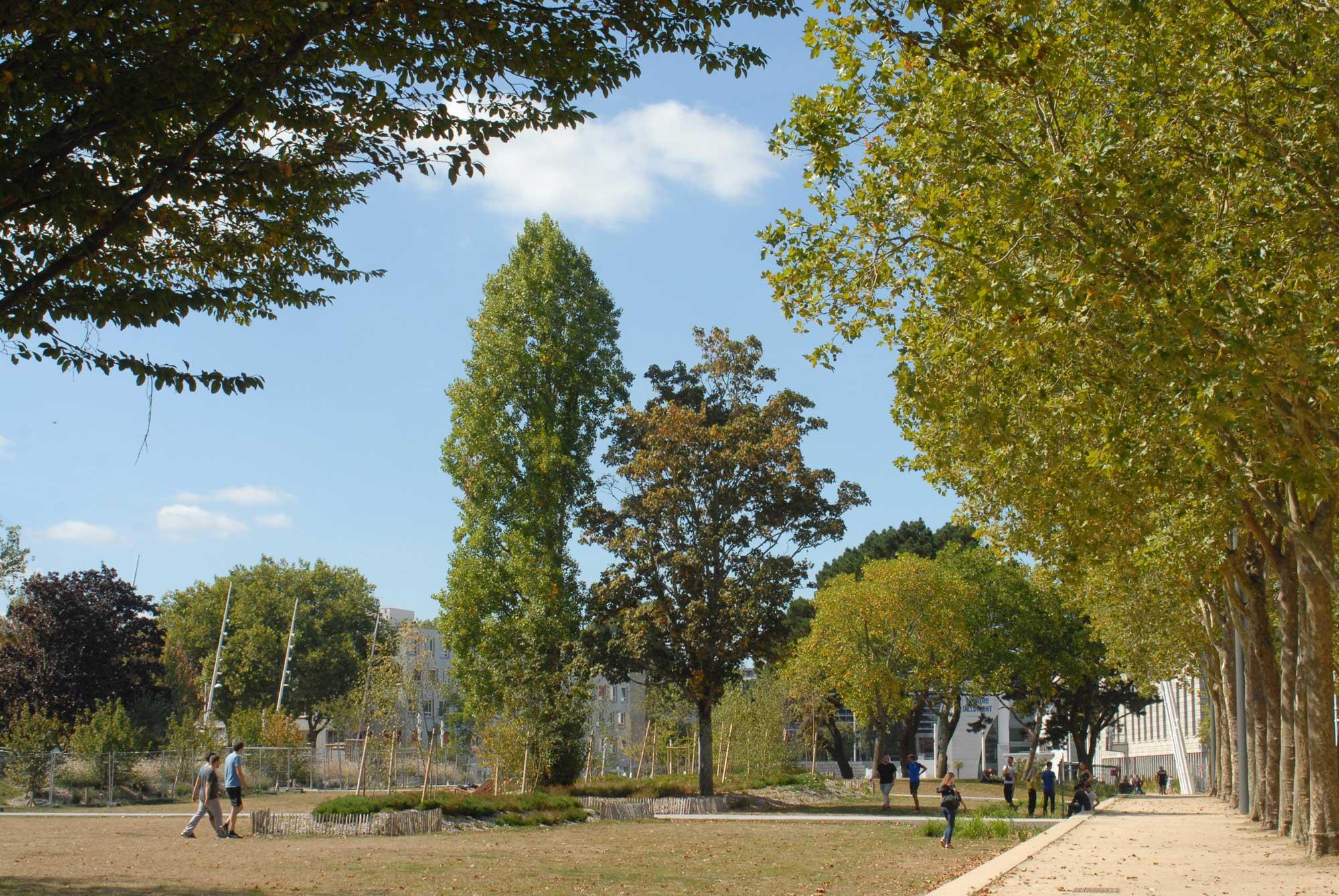 Rambla et parc Jules Ferry
