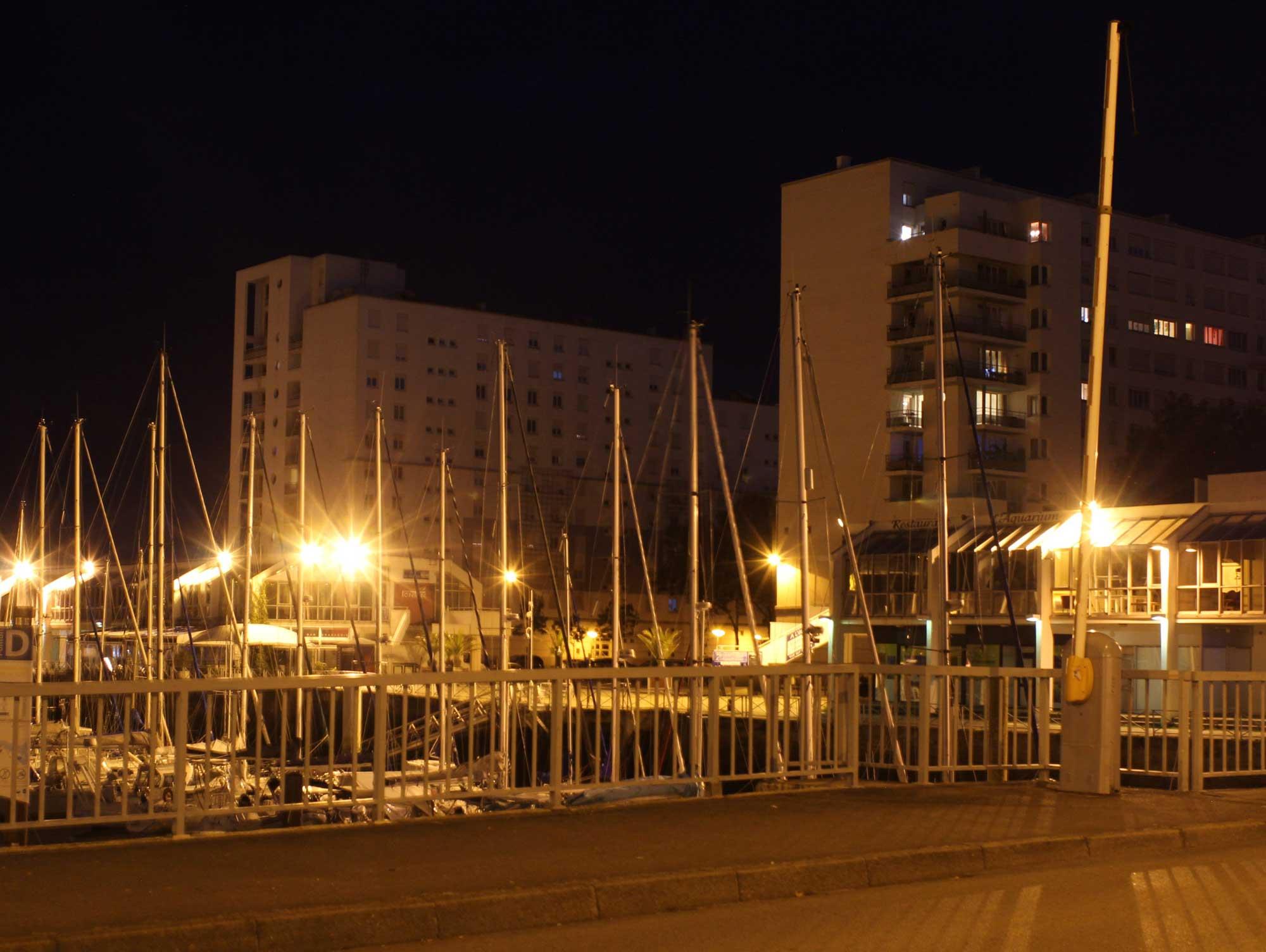 Quai de Rohan en 2020, de nuit - photo d'Olivier Brohan
