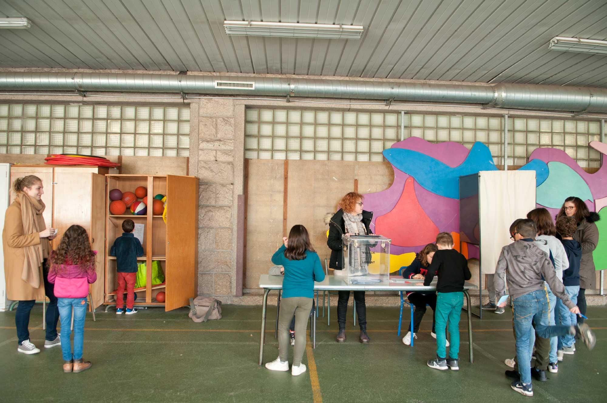Elections à l'école de Merville
