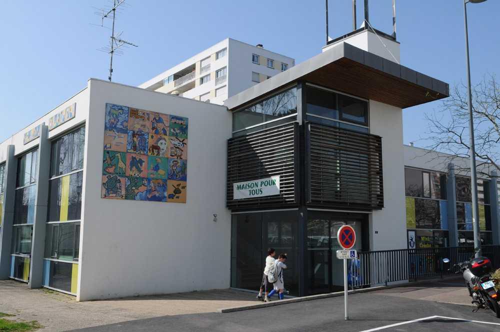 Lorient.bzh: Centre social de Kervénanec - Maison pour tous